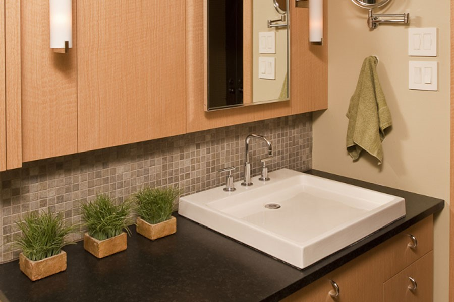 well-designed bathroom in Philadelphia - teknika kitchens and baths